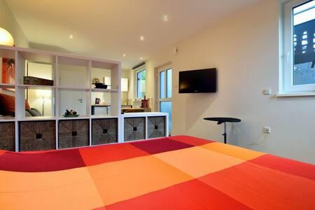 Studio in Luxemburg /Echternach Müllerthal Wandern