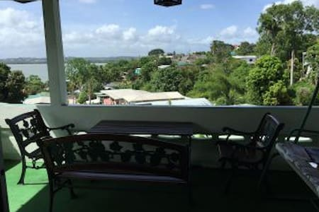 Sando Place Room1