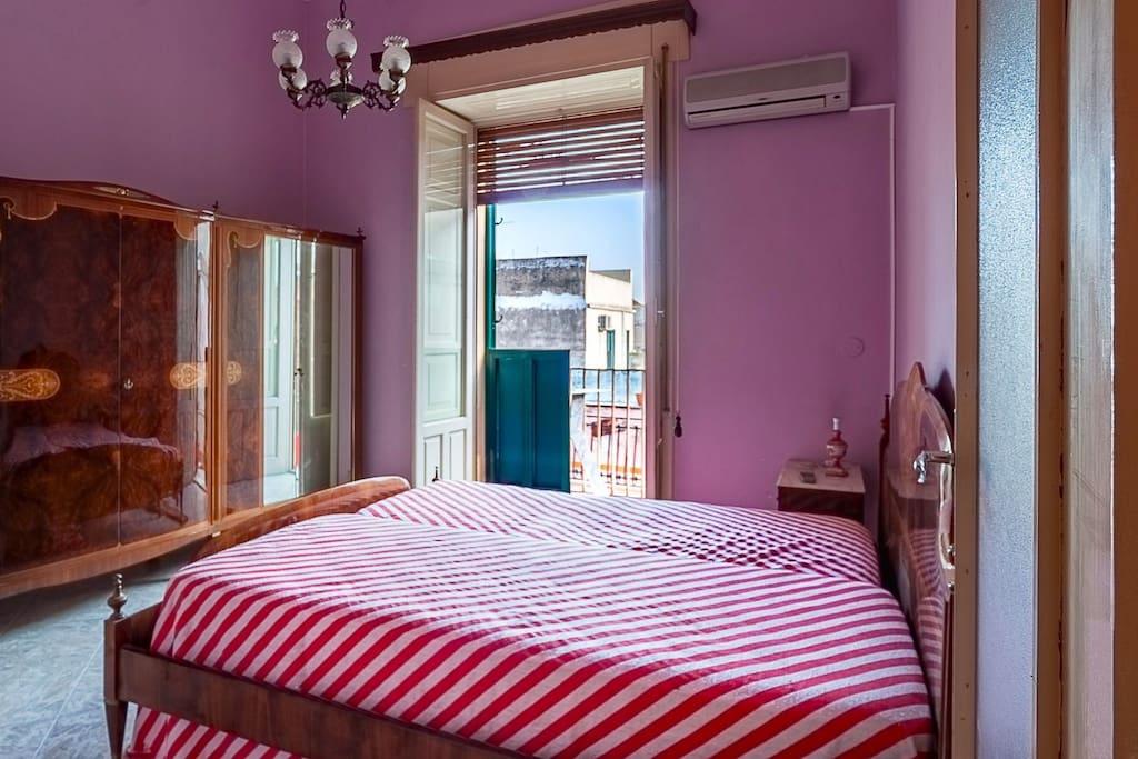 camera da letto matrimoniale / double bedroom