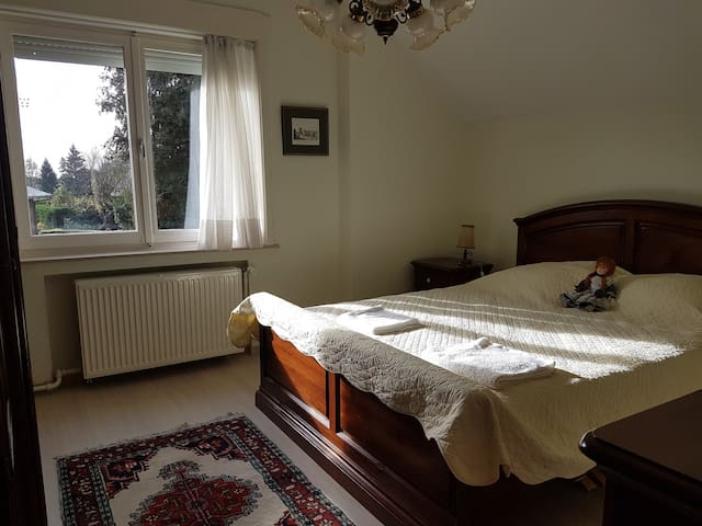 A double bed bedroom