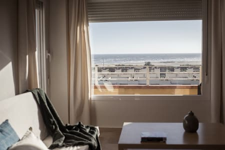 Beach apartment with great views to the sea. - Исла-Кристина