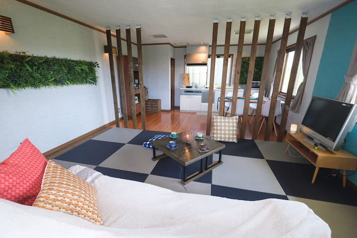 Slow Living Stay Local Experience @Mulberrys House
