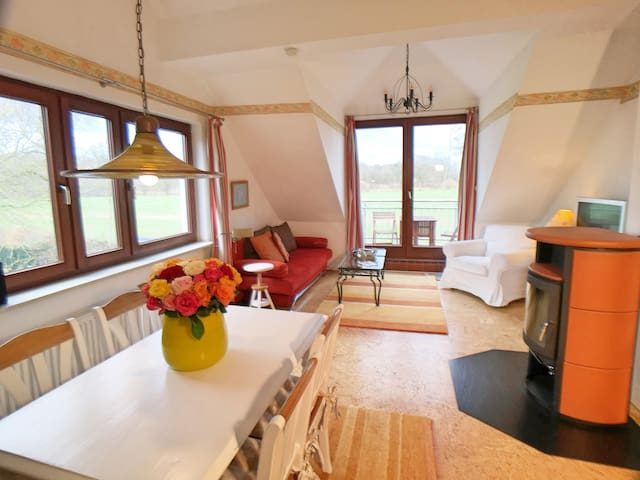 2-Zi Appartement mit Balkon & Kamin am Golfplatz - Timmendorfer Strand - Apartament
