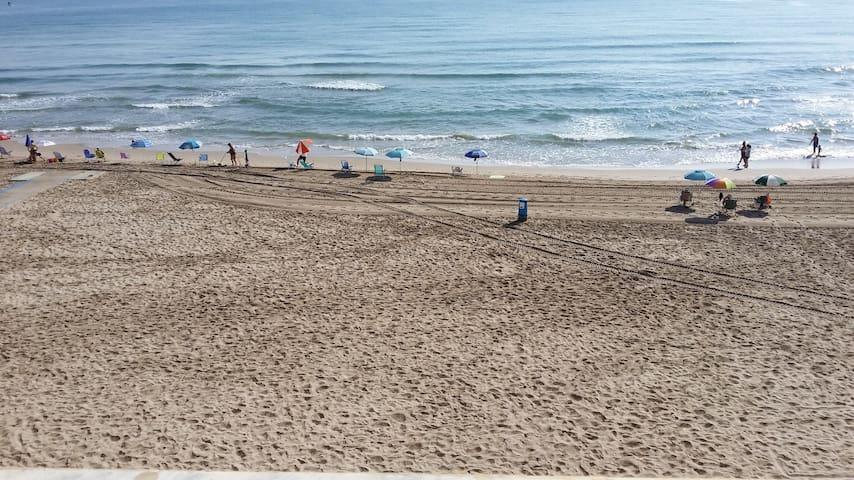 Apartamento 1ª linea de playa - El Perellonet