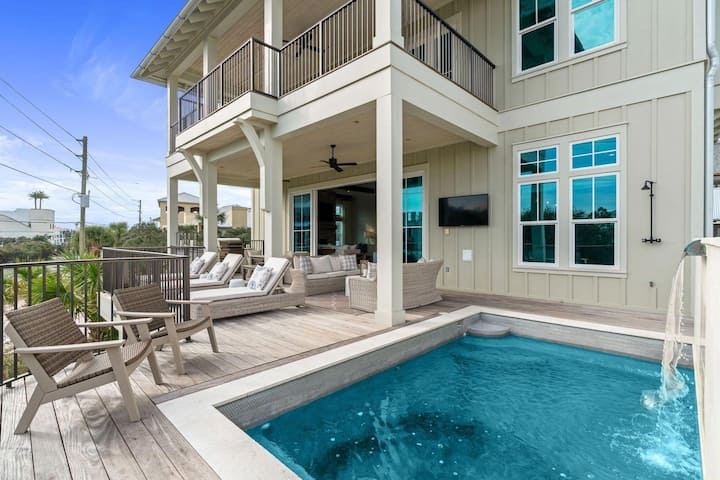 3527 East County Highway 30A