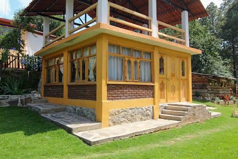 """Hospedaje """"Rancho La Joya"""" Habitación Roble"""