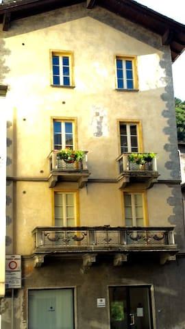 Appartamento casa d'epoca - Morbegno - Apartment