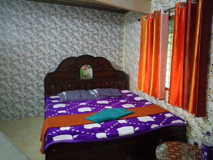 Room Near Laxman Jhula Bridge With GangaRiver View