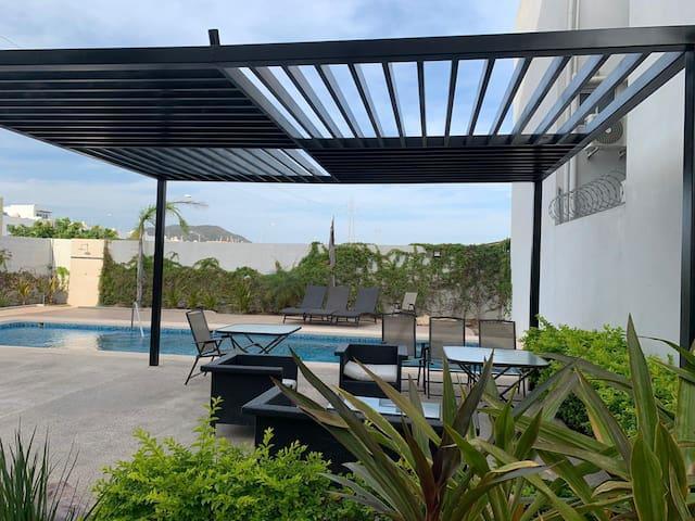 RENTA bonito departamento en mazatlán!
