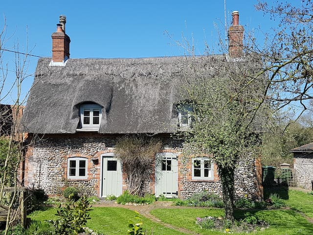 Bridge House, Thornage, North Norfolk