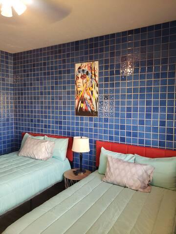 Cuarto Cielo Azul at The Portico