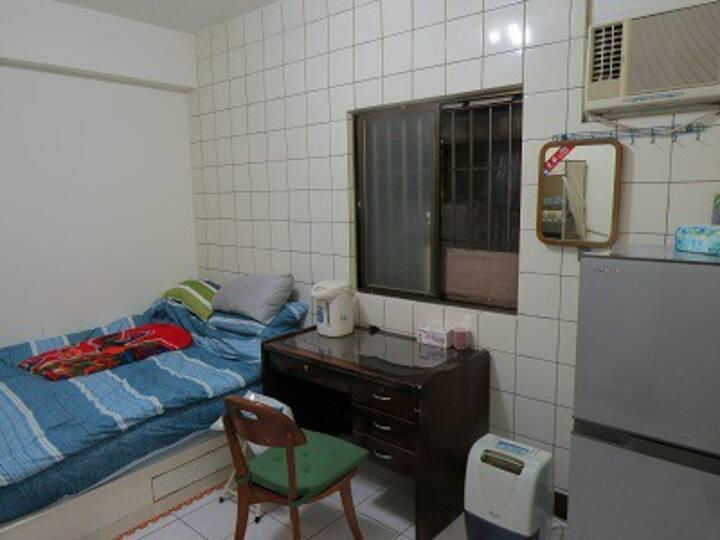 套房租 設備齊全 可住2人Nice suite for rent for two people