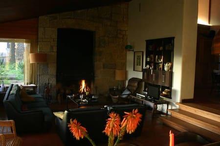 Comfortable Room at Praia Grande - Colares - Villa