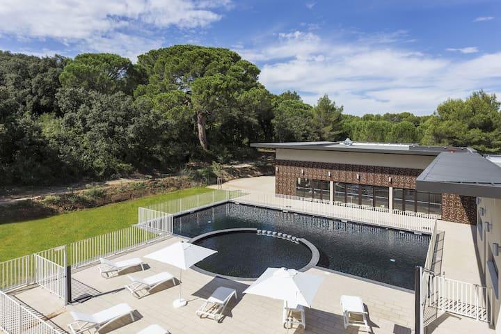 Appartement moderne près du Pont du Gard | Accès piscine + Wi-Fi