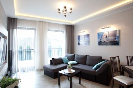 Home Sweet Home- Luksusowe Apartamenty w Górach - Szklarska Poręba - Huoneisto
