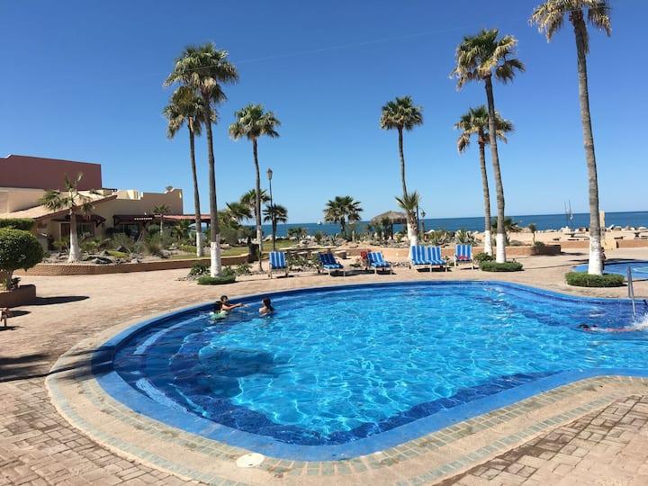 Marina Pinacate 312 Splash Zone Pool-Side 1 BR Condo