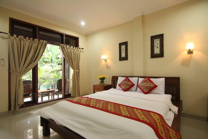 Nice, Clean & Quiet Room in Kuta
