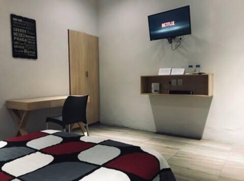 """Suite 33 Hotel """"Van Gogh"""""""