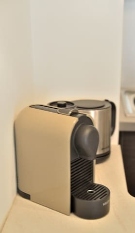 Des capsules Nespresso et du thé sont laissés à votre disposition