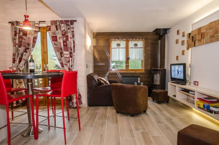 Cosy apartment with stove in a chalet, for 4 people