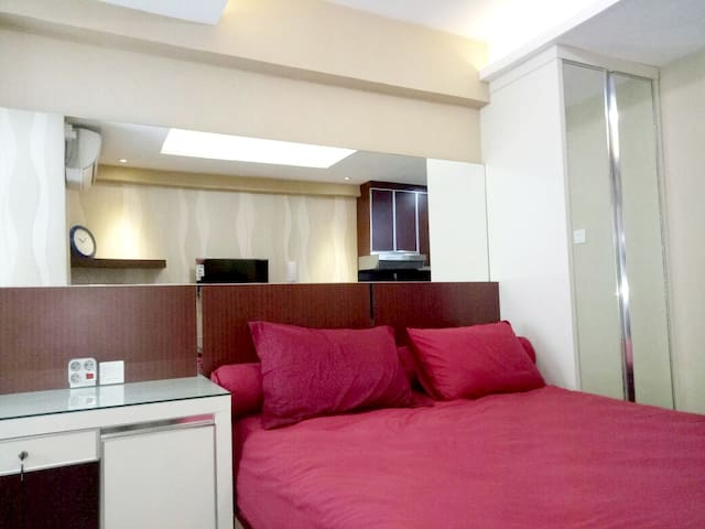 Cozy and Affordable studio near Mall - Penjaringan - Leilighet
