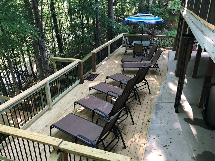 Brand new deck with lounge chairs for....lounging.
