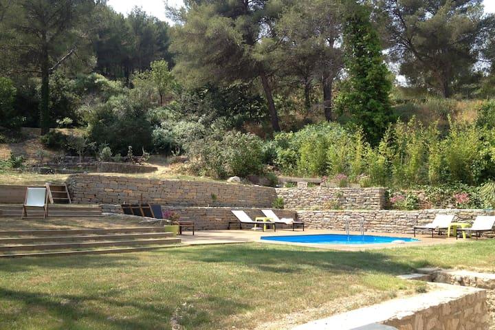 Villa avec piscine chauffée proche de Cassis - Carnoux-en-Provence - Casa