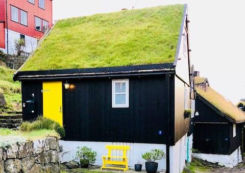 Authentic Faroese House - In centrum of Tórshavn.