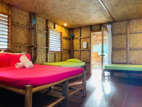 Robinson's Hut, Villa Nagtabon, Puerto Princesa