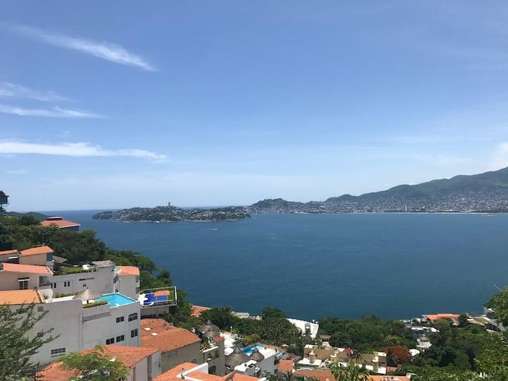 Casa espectacular en Brisas Acapulco.