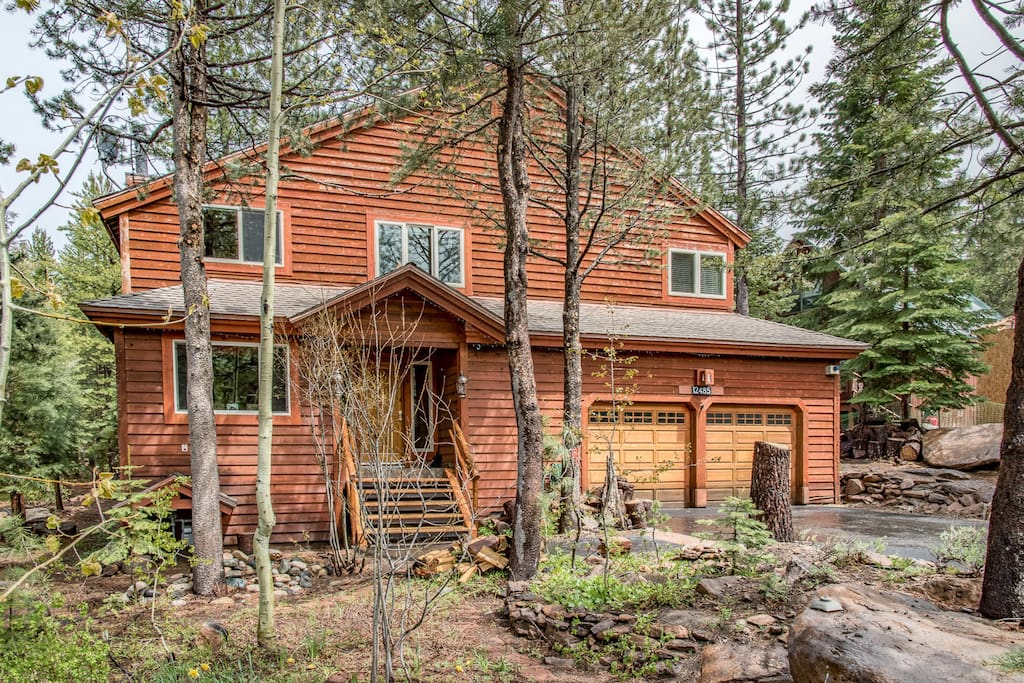 This recently remodeled mountain home sits on the edge of the Tahoe Donner greenbelt.
