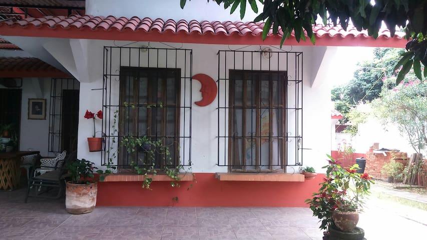 Casa del prado: agradable, con aire acondicionado