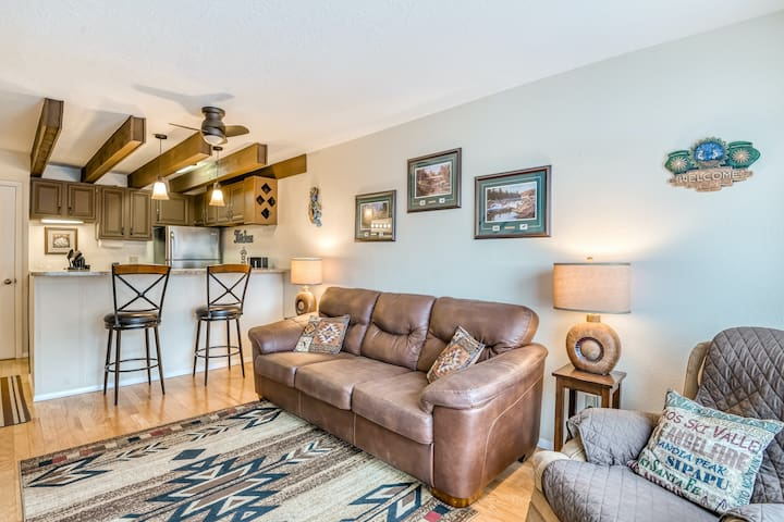 Family-Friendly Condo with Ski Views, Partial AC, and Private Washer/Dryer