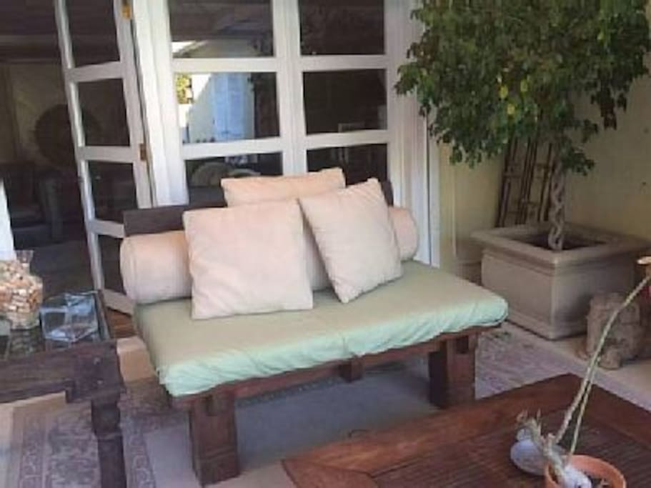 Love seat to china bed set