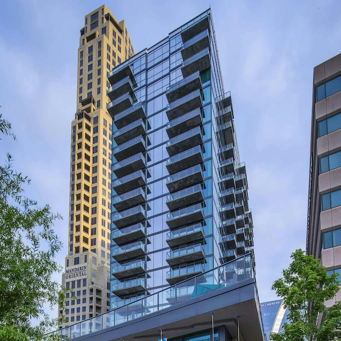 Apartment For Rent In Atlanta: Buckhead Luxury High Rise W/ Balcony
