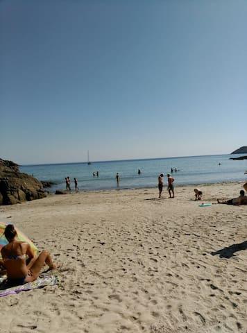 Apartamento a 100 mts de playa de Estorde - Fisterra - Apartment