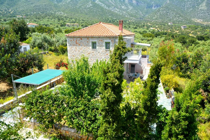 Luxurious stone Villa Elli