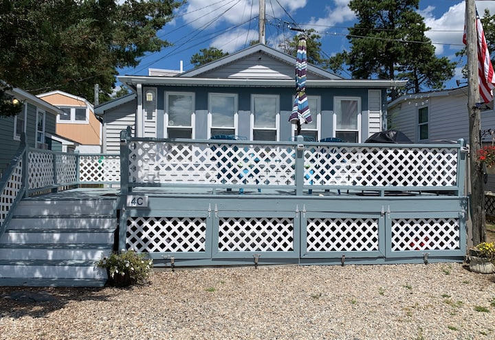 Buzzards Bay - Beach Bungalow