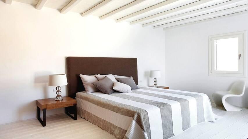 Holiday villa above Elia Beach - Elia - Bed & Breakfast