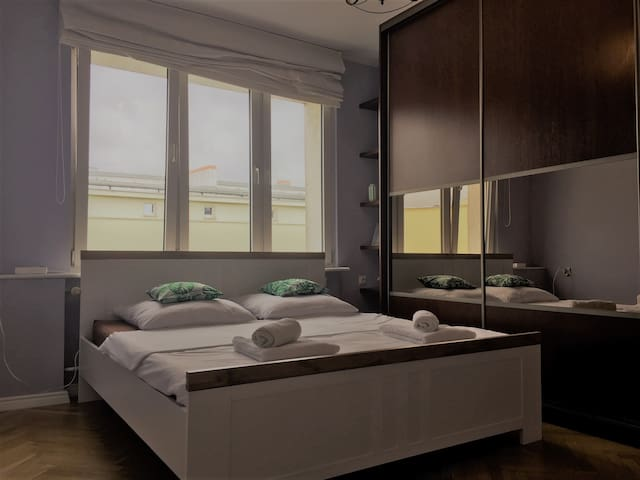 Apartament next to Old Town, free parking