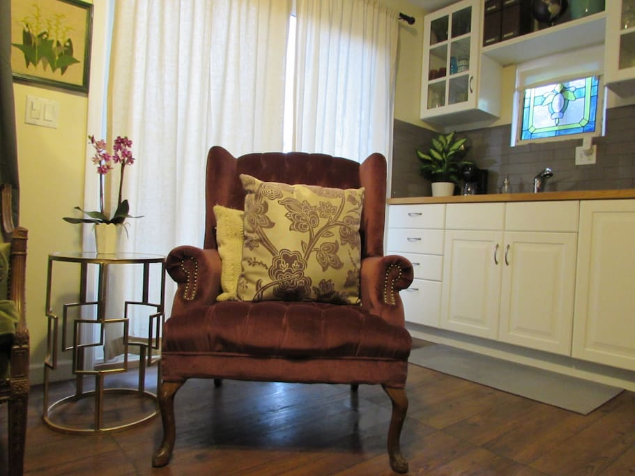 Purple wingback for relaxing