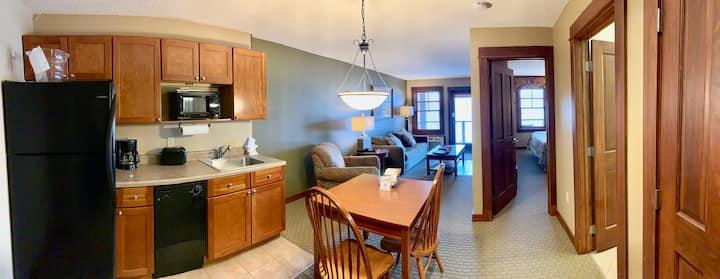 Couple's Retreat Suite