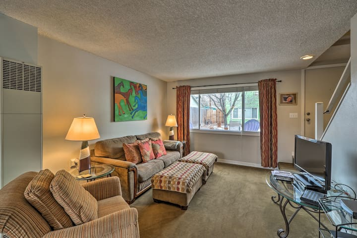 Missoula Condo: 3 Mi to the University of Montana!