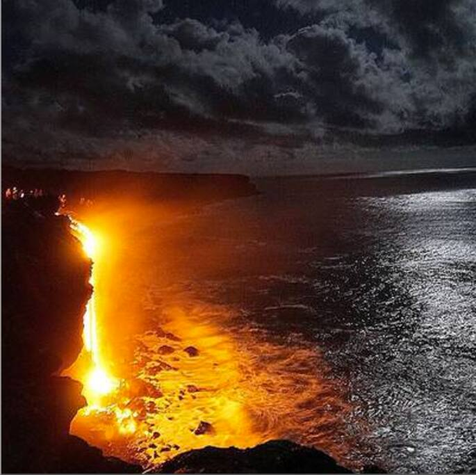 Lava flowing into ocean after 3 year absence.