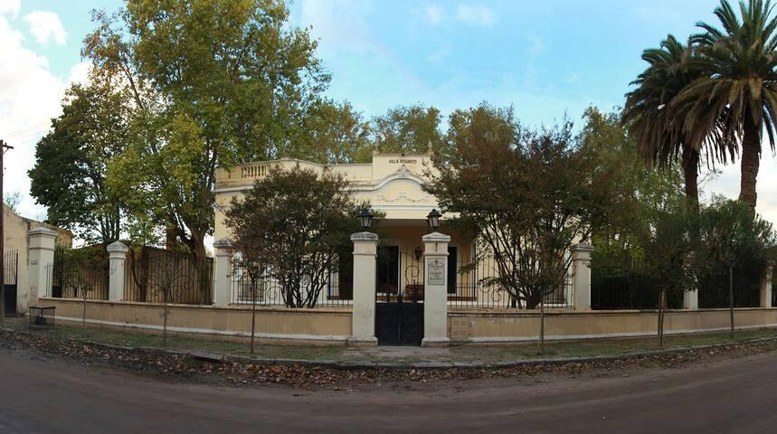 Centenaria casa en Villa del Totoral