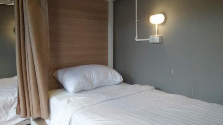 Yuppadee Dorm 1 Bed in Khoalak center