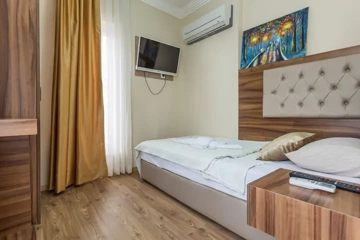 Single Room in Kaleiçi, B&B - Twenty Hotel