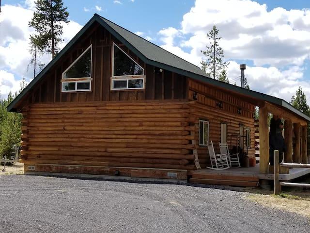 Grampie's Cabin