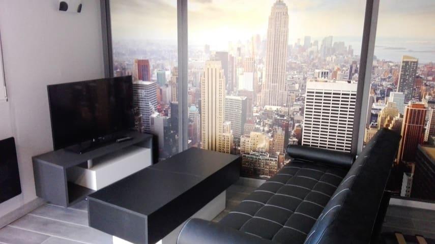 Studio Neuf, entièrement meublé, minimum à la sem. - Hayange
