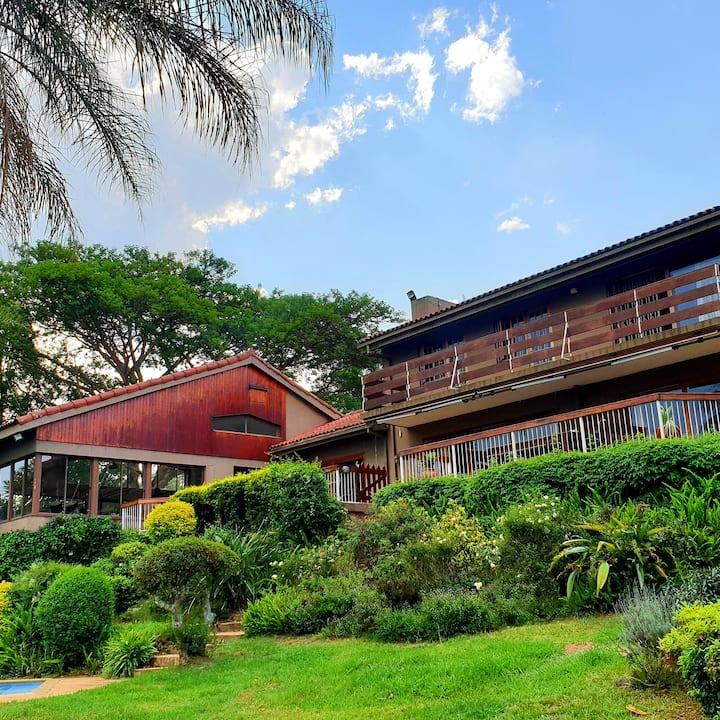 The Lodge - Self Catering Studio Apartment
